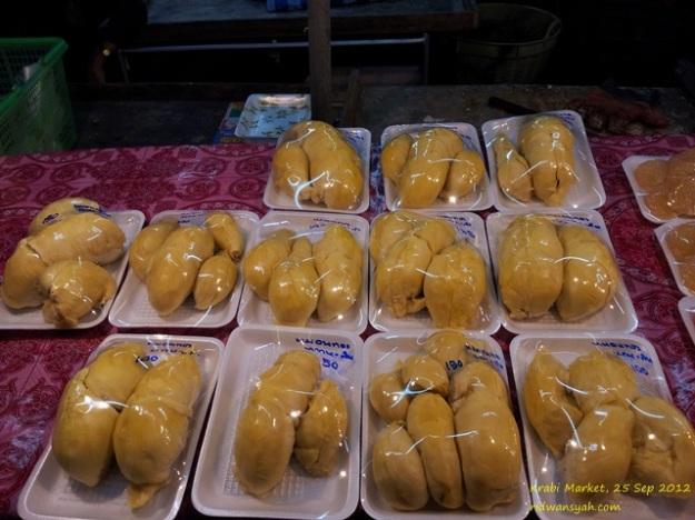 jejeran Monthong di Pasar Krabi