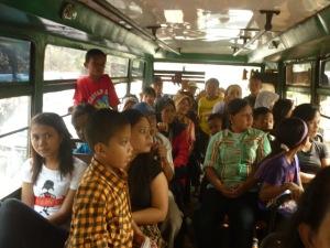 Ilustasi dalam Bis. Sumber : http://metro-urban.blogspot.com/